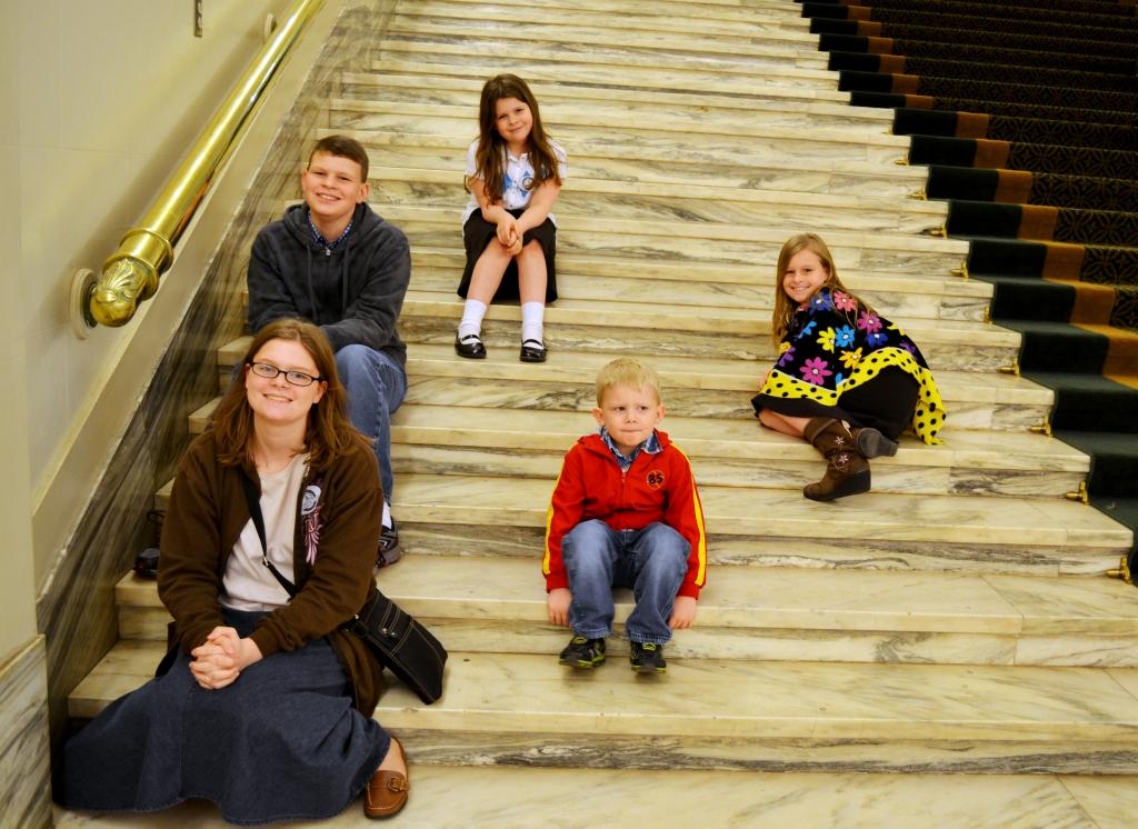 kids-stairs