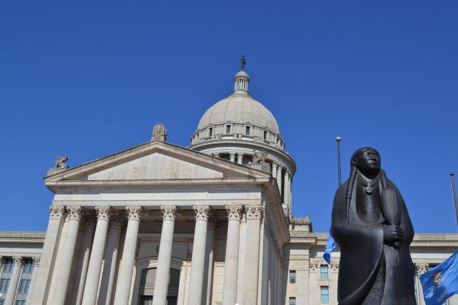 statue-capitol