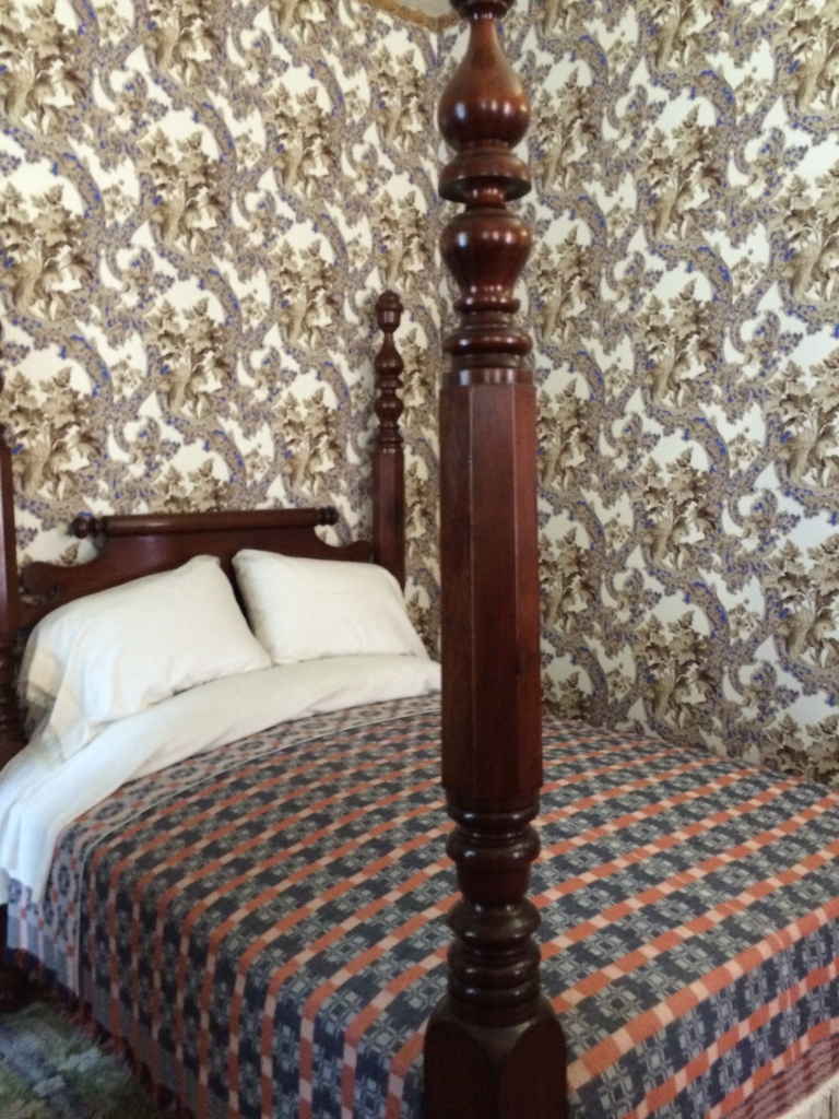 lincoln bed
