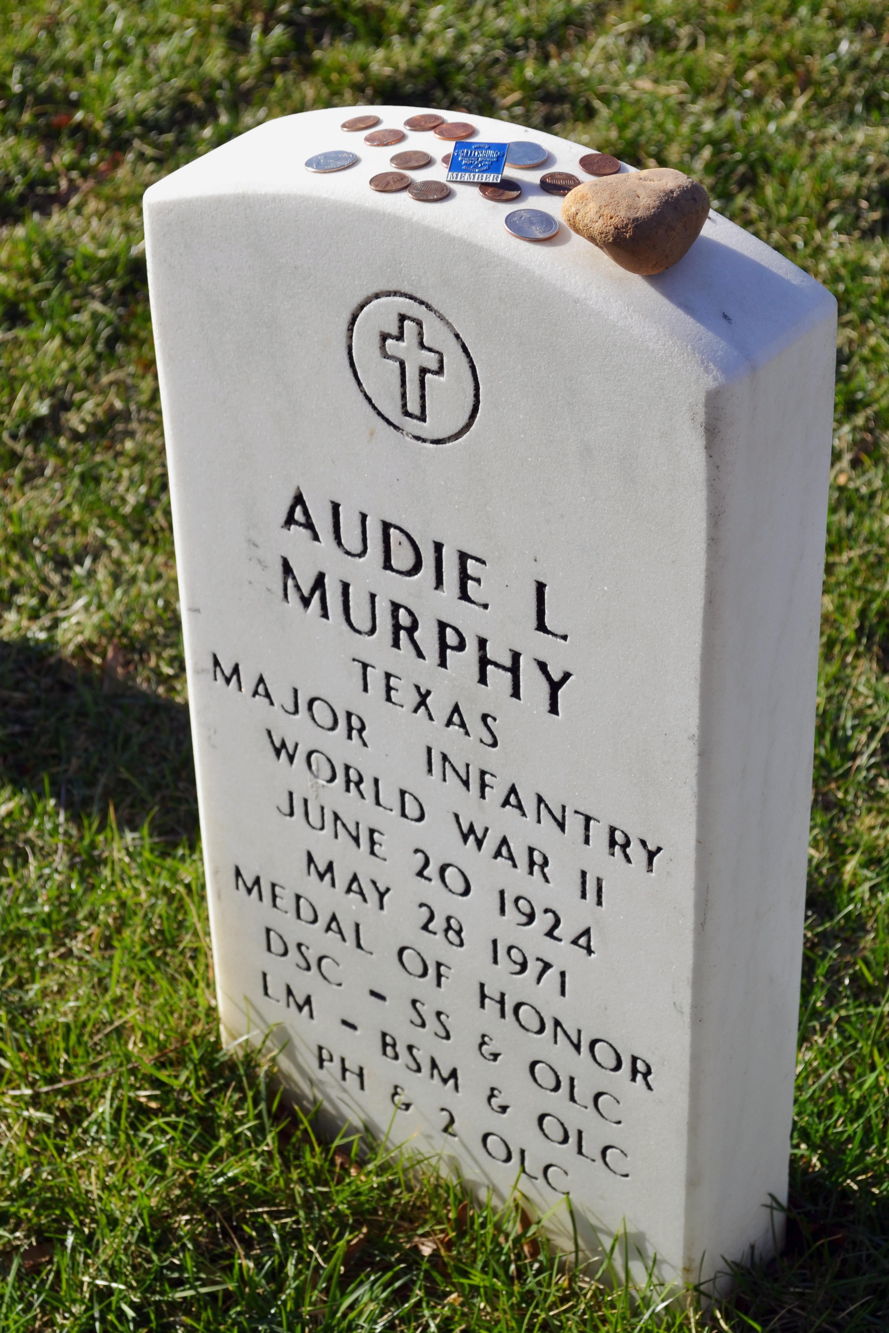 arlington national cemetery valerie write now